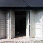 Desain Pintu Garasi Lipat
