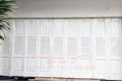 Pintu Lipat Henderson Jogja, Solo, Semarang