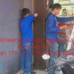 Memperbaiki Pintu Folding Gate Sendiri