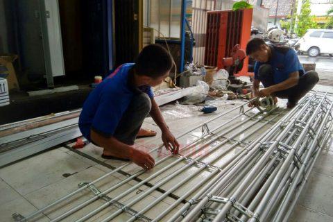 pembuatan_rolling_grille