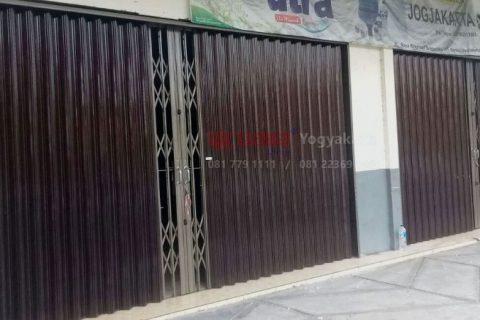 Pintu Folding Gate Solo