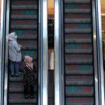 Satgas Ungkap PPKM Mikro Akan Direvisi: Mall Tutup Pada Pukul 17.00